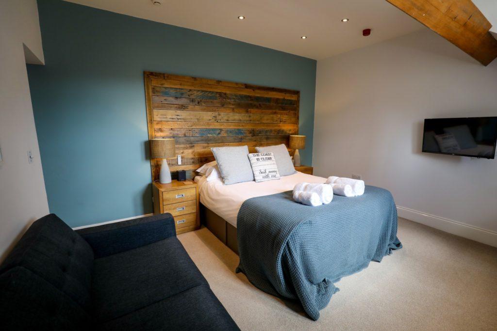 Luxury suite - Room 8 pano sofa
