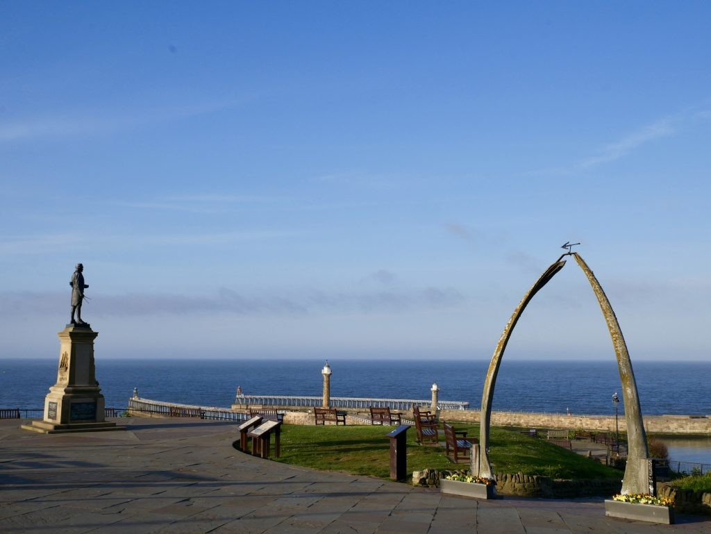Things to do in Whitby Whalebone Arch