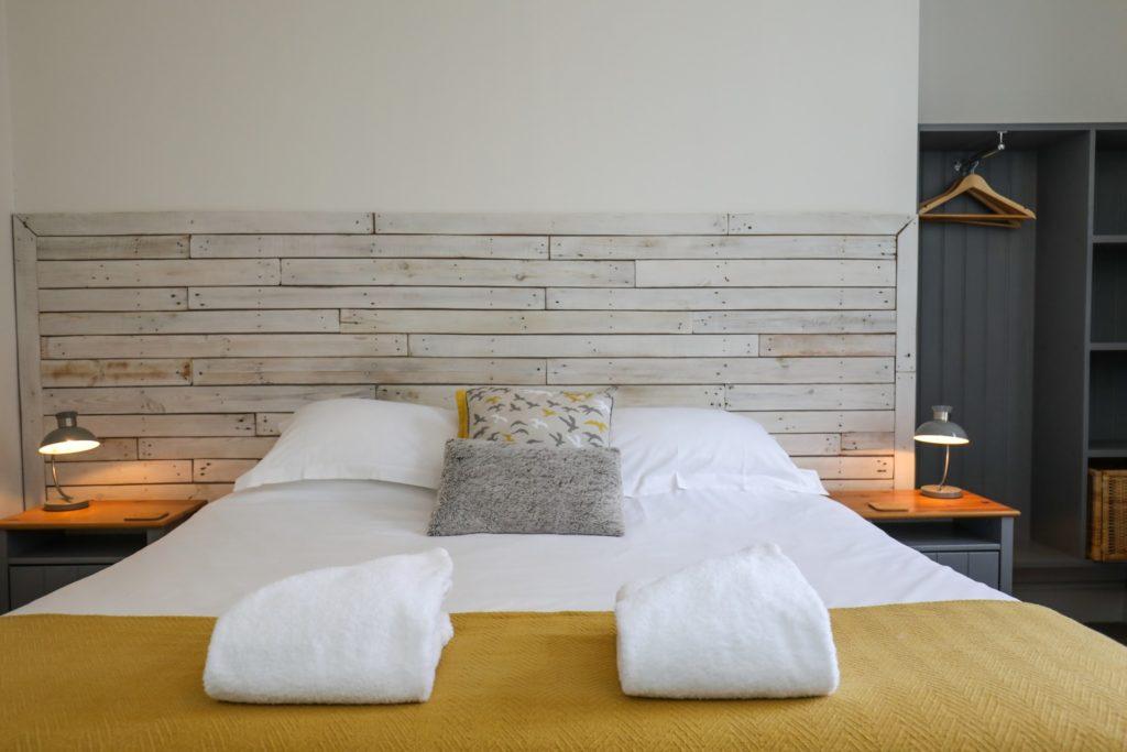 Super king - Room 1 bed close